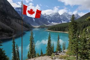 Canada Mountain Water View