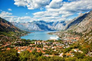 Montenegro City Mountain View