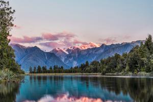 New Zealand Sunset Mountain View