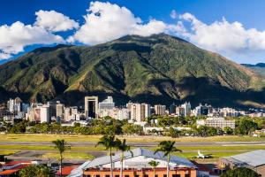 Venezuela City Mountain View