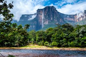 Venezuela Mountain Water View
