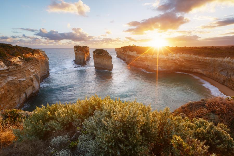 Australia Water Cliff View